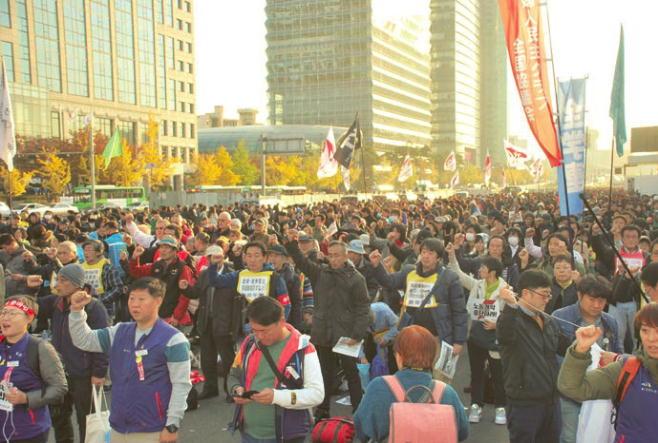 11・9民主労総労働者大会過去最大10万人 11・8~12訪韓闘争   韓国敵視政策のりこえ日韓連帯かちとる