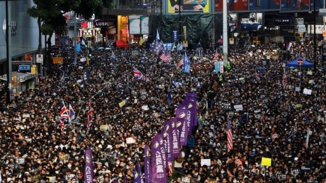 Organisers said an estimated 800,000 people took part in the anti-government protest